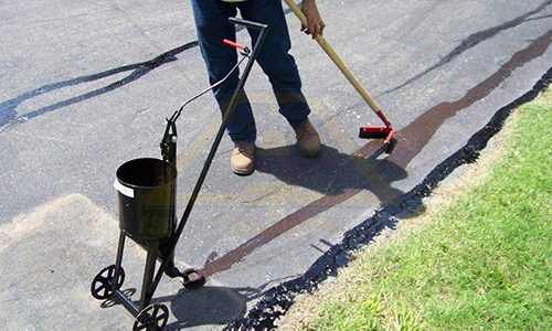 hot pour crack fill asphalt st louis